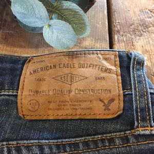 American Eagle 30 x 32 active flex slim jeans